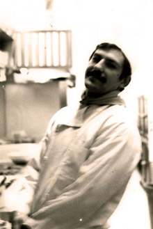 Joe Fernandes in the kitchen, 1972
